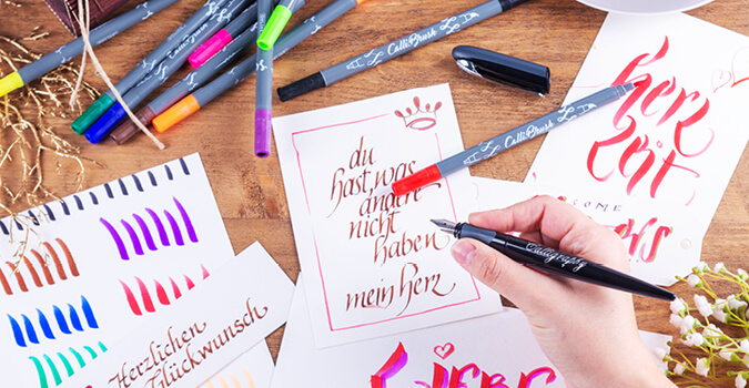 Handlettering und Kalligrafie. Stifte und Gestaltungsvorschläge